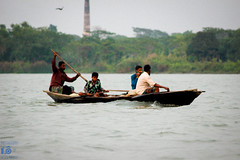Daily Life (Fatin Hasnat Photography) Tags: bangladesh bangladeshriver barisal canon fishingboats boats river daily life fatin fishingport fisheryghat flickr fishing lakes