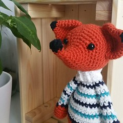 Have a great day today! Cute little fox made by vadefils with the pattern by pii_chii from Zoomigurumi 2. Find th… http://ift.tt/2pseeuM (ShakyMonkey) Tags: tshirt shakymonkey tee design style fashion