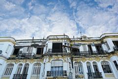 L'inspiration de Bob (Guillaume Guilhelm) Tags: building sky construction painting rebuild blue yellow work marocco