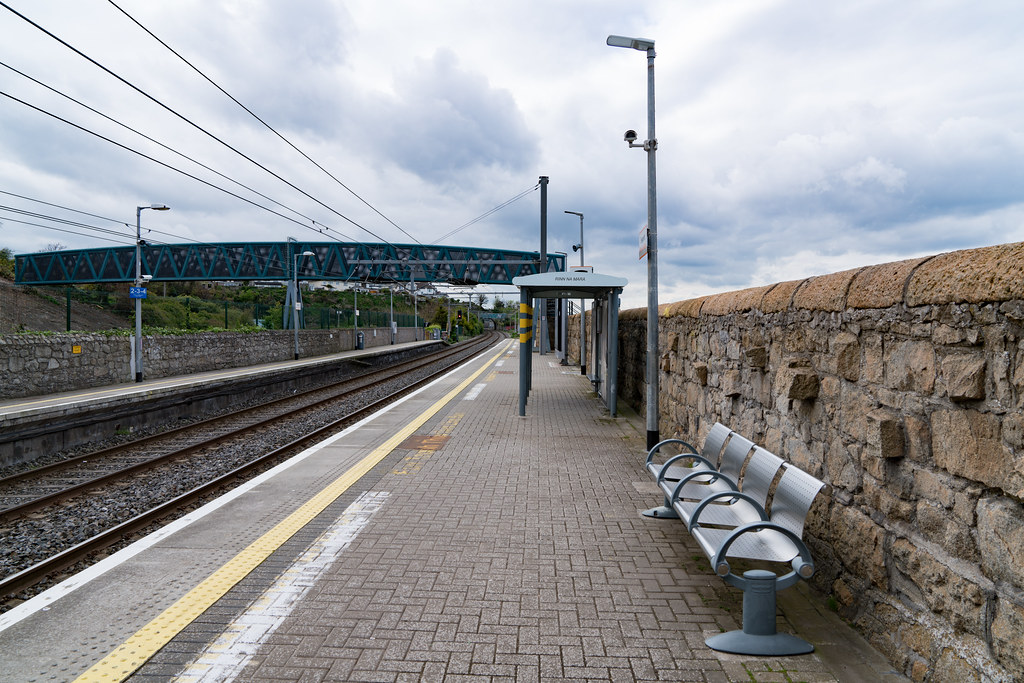 SEAPOINT RAILWAY STATION [ON THE OLD DUBLIN AND KINGSTON LINE]-126938