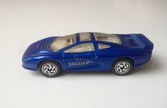 Matchbox Jaguar XJ220 (Nobo Sprits) Tags: matchbox jaguar xj220 diecast