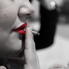 Rosso (antonio.canoci) Tags: red rosso sigaretta volto canon 70d 1585usm