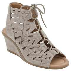 """Earth Daylily sandal taupe • <a style=""""font-size:0.8em;"""" href=""""http://www.flickr.com/photos/65413117@N03/33450460381/"""" target=""""_blank"""">View on Flickr</a>"""