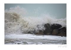 (artùrosb) Tags: sea wave onde mare scogli acqua water schiuma