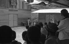 album2film142foto032 (Melanesian cultures) Tags: baliem baliemvallei sibil sibilvallei josdonkers eranotali wisselmeren papua irian jaya nieuwguinea ofm franciscanen minderbroeders missionaris