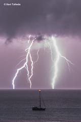 llamps i trons (xavi talleda) Tags: balears formentera illesbalears calasaona lightning llampecs llamps night nit noche relámpagos seascape storm tempesta tempestad tormenta