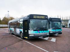 Renault Agora S - TCAT 220 (Pi Eye) Tags: bus autobus troyes tcat renault irisbus agora agoras
