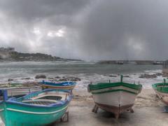 barche alla deriva (eliobuscemi) Tags: barche mare porto
