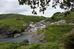 Portloe (Mike.Dales) Tags: portloe cornwall cove harbour england theflagstaff nationaltrust