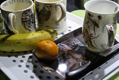 9647 Tomorrows breakfast tray. (Andy - Busyyyyyyyyy) Tags: 20170416 banana bbb breakfast downlighter kkk knife lightsource mmm mugs ooo orange reflections tray ttt