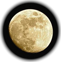 Gibbeuse (JDAMI) Tags: lune gibbeuse croissante nuit pl cratères amiens somme 80 picardie france nikon d600 70300