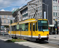 Mülheim an der Ruhr, Friedrich-Ebert-Straße 24.08.2010 (The STB) Tags: mülheim verkehr publictransport stadtmitte tram tramway strassenbahn strasenbahn tranvía