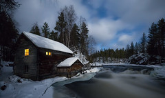 Moonlight (el_farero) Tags: oulanka nightshot clouds landscape farero finland lapland river cottage cabin stars light