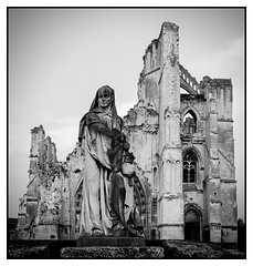 Statue and ruined church (Steve U) Tags: france building church abbey saint st statue stone de north ruin omer priest northern pas calais nord ruined abbot saintomer stomer