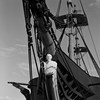 Fragata D. Fernando II e Glória - carranca (António Alfarroba) Tags: 120 film ship hasselblad sail frigate expo98 nau ilfordfp4 película 501cm carranca índia dfernandoiieglória dfernandoii figuradeproa naviodelinha