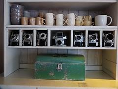 Photographers Cupboard (QQ Vespa) Tags: camera old classic analog vintage minolta alt collection photograph analogue zeissikon agfa cupboard exa kamera sammlung cameracollection shabbychic ihagee fotoapparat mechanisch exa1 exa2 cameraselection