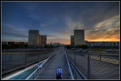 Passerelle Simone-de-Beauvoir, Paris (alcowp) Tags: bridge sunset paris france seine river library riviere pedestrian bnf pont bercy hdr tonemapped passerellesimonedebeauvoir