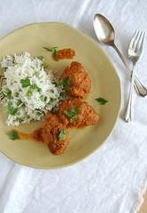 Beef kofta curry with fluffy rice and peas / Curry de kofta bovino com arroz e ervilha (Patricia Scarpin) Tags: rice beef curry peas mince coconutmilk lentils kofta jamieoliver