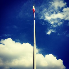Still air (ivillaseran) Tags: city urban cityscape squareformat flagpole philippineflag cavu iphoneography iphoneonly instagram
