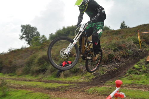 Road Jump - Downhill Monchique 2014