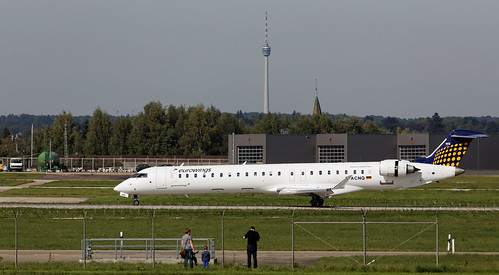 Eurowings Canadair Regional Jet CRJ-900ER D-ACNQ