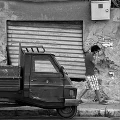 nove -explore- (archifra -francesco de vincenzi-) Tags: street urban square piaggio carré saracinesca treruote mazaradelvallo archifraisernia francescodevincenzi giovannidevincenzi