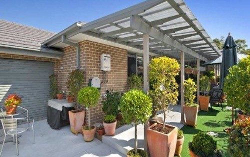 4/26 Henry Kendall Street, West Gosford NSW 2250