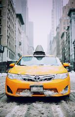 Snowy Manhattan (DHaug) Tags: snowmageddon noreaster snowstorm flurries manhattan newyork nyc taxi yellowcab street intersection waiting xt2 fujifilm xf35mmf14r xf35mm