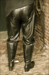 © sunshine pictures (rubber seduction) Tags: gummi rubber devot shiny boots