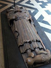 King John's Effigy (Aidan McRae Thomson) Tags: worcester cathedral worcestershire tomb monument effigy sculpture medieval copy