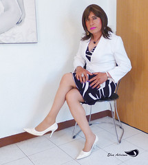Printed dress, white blazer, white stilettos (Elsa Adriana) Tags: elsaadriana elsa sexylegs mature miniskirt mexican crossdresser clothing tgirl travesti transvestite tbabe officegirl