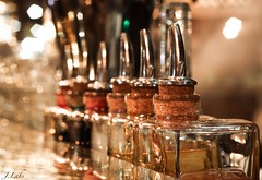 Au bar (ju.labs) Tags: macro bar inside focus light niko beer paris