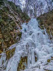 Eisklettern Wasserfall (lemmyvomberg) Tags: eiskletterer winter wasserfall vereist plesterlegge nrw höchster fortfun