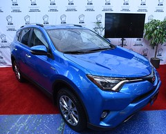 2017 Toyota RAV4 Hybrid (D70) Tags: toyota rav4 compact crossover suv sport utility vehicle produced japanese automobile manufacturer 2017 vancouver international auto show ajac canadian green year