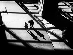2+2 (Sandy...J) Tags: atmosphere blackwhite streetphotography people light shadow lines monochrom city germany munich