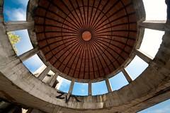 POLIFEMO (Rutamatt) Tags: consonno decadenza rovine decadence decay disuse architecture architettura eye occhio
