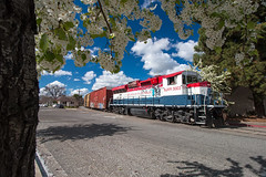 SJVR Saturday Extra (Defect Detector) Tags: sjvr sanjoaquinvalleyrailroad california ca train railroad shortline gw geneseewyoming local manifest