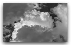 VALORES. (manxelalvarez) Tags: luces sombras nubes cielosclaridad luzada