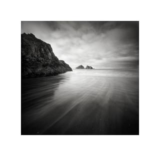 Holywell Bay, pinhole