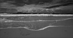 The tide (Nightgoose) Tags: maré tide sea mar island ilha