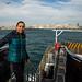 Michelle no ferry cruzando o Estreito de Bósforo