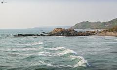 Sea Rise (Sid da' Cool) Tags: beach paradise rocks seashore bluesea chapora goa india in