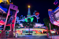 Tomorrowland Nights (TheTimeTheSpace) Tags: waltdisneyworld disneyworld disney magickingdom tomorrowland night astroorbiter lunchingpad nikond810 nikon3514 neon