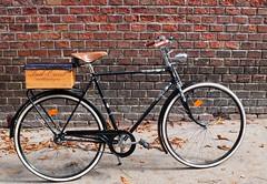 RunBikeWay - Stylish Bicycle Accessoires (RunBikeWay) Tags: bicycle vintage austria retro 1980 fahrrad accessoires leder saddle brooks puch 1965 steyr griffe sattel grips waffenrad jungmeister stylsh runbikeway handmadebicycleaccessoiresvienna