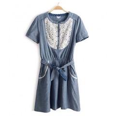 ชุดยีนส์ แฟชั่นเกาหลี ผู้หญิง Lace Dress นำเข้า - พร้อมส่งTJ7095 ราคา750บาท  ไซส์ : อก 33-36 เอว 26-33 สะโพก 33-38 ยาว 34 นิ้ว วัสดุ : Cotton Denim + Lace   โทรสั่งของกับ พี่โน๊ต/พี่เจี๊ยบ : 083-1797221, 086-3320788, 02-9394933 | LINE User ID : lotusnoss