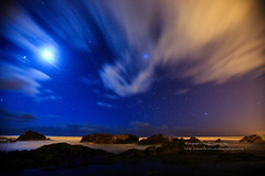 () Tags: longexposure sea cloud moon beach rock night canon star coast taiwan coastline       waiao    1635mmf28l 1dx  startail