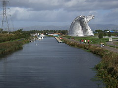 Kelpies (nz_willowherb) Tags: sculpture horse see scotland canal flickr artist tour visit enjoy heads forthclyde forthclydecanal andyscott to go