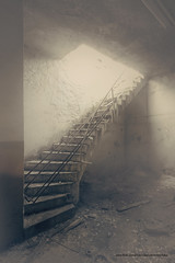 (LostButNotForgotten) Tags: urban abandoned lost stair fabrik stairway treppe staircase forgotten urbanexploration urbex treppenhaus lostplaces leerstand fabrikgebude urbexer