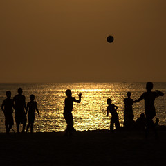 Is all about the ball ... (azraviolet 9) Tags: sunset sea color silhouette ball square is all 9 about santamartacolombia azraviolet