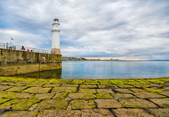 Beautiful Blue (Uillihans Dias) Tags: sea lighthouse nikon edinburgh unitedkingdom harbour tokina newhaven hdr photomatix tokina1116 nikond7100 nikcollection